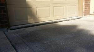 Driveway-Before-Foam-Lifting-Concrete-Raising-Systems-7318-N-Donnelly-Ave-Kansas-City-MO-641582-500